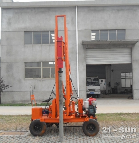 地基打桩机  小型打桩机  厂家直供小型地基打桩机