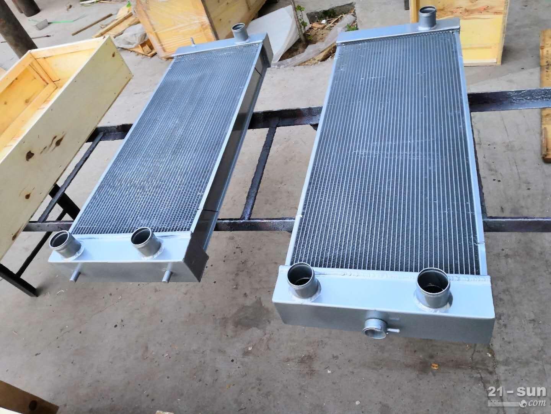 小松装载机配件WA480散热器421-03-44110