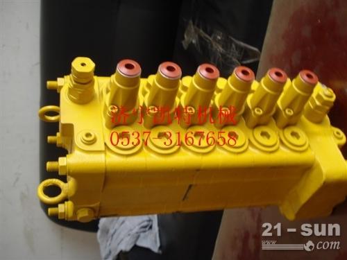 小松挖掘机PC60-7分配器 小松纯正配件