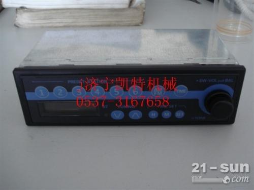小松挖掘机PC300-7收音机