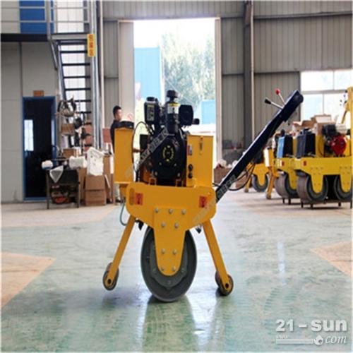 手扶式小型振动压路机 双钢轮单轮震动压路机 座驾式胶轮压路机