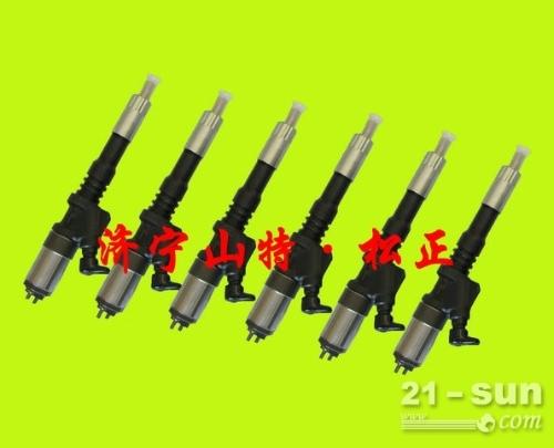 小松PC215-10M0喷油器6754-11-3011正品低...