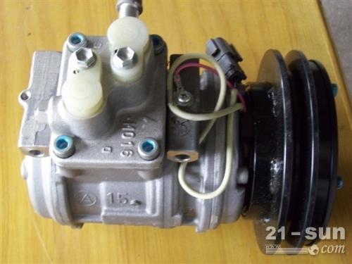 小松挖掘机PC300-7空调压缩机 小松配件