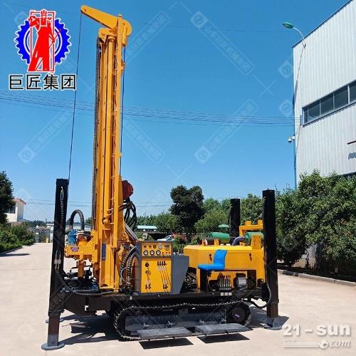 气动水井钻机CJD-500履带潜孔钻车能打500米的大型深水井打井机
