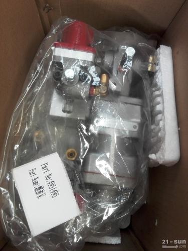 山推推土机SD22柴油机用4951495燃油泵NTA855