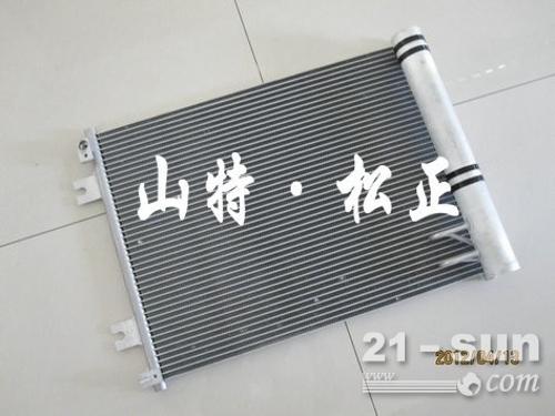 WA500-3装载机冷凝器425-07-21530小松原厂配件