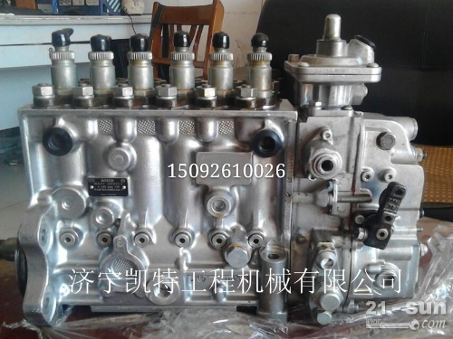 小松挖掘机PC200-7柴油泵 小松配件