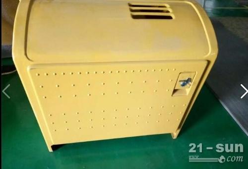 小松挖掘机PC200-8电瓶盒 小松配件
