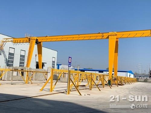 四川成都龙门吊销售厂家 龙门吊32吨已发往现场