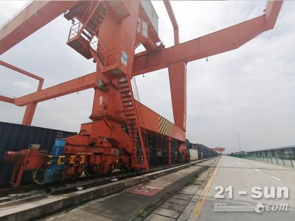 浙江杭州轮胎式集装箱起重机厂家 宜选双梁龙门吊