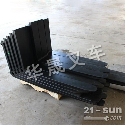 烟台开发区叉车配件冰箱空调电器纸箱抱夹/无托盘装卸车推拉器属具