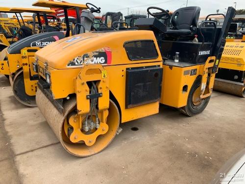 6吨二手6吨全液压压路机 前钢后胶轮压路机