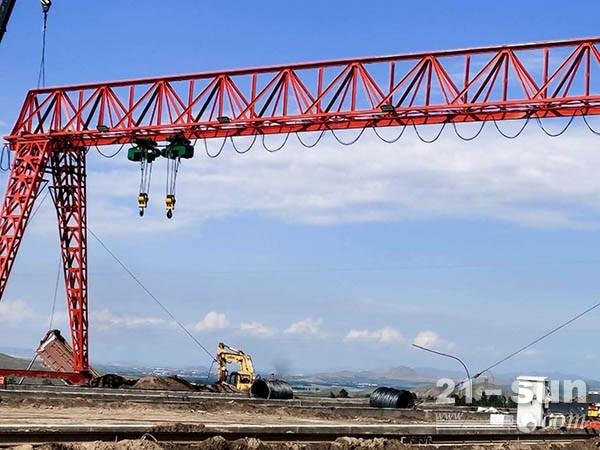 湖南衡阳80吨箱型龙门吊出租厂家结构结实