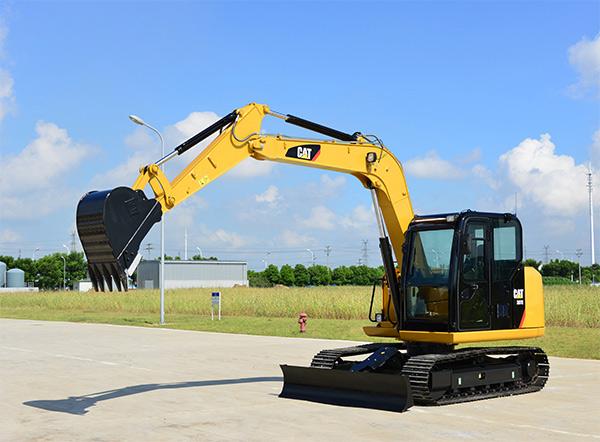 卡特307E动臂下降挖掘无力(不能支起挖掘机)