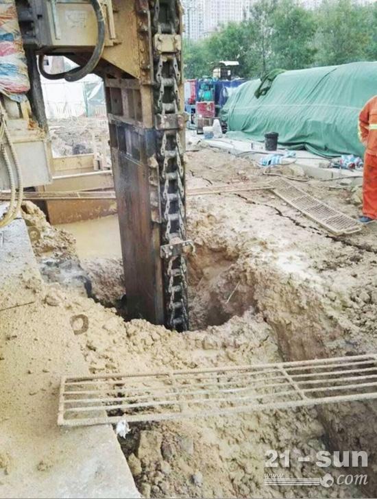 抚挖重工CMD850进入地铁工程