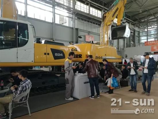 利勃海尔助力2016年西部国际矿业展