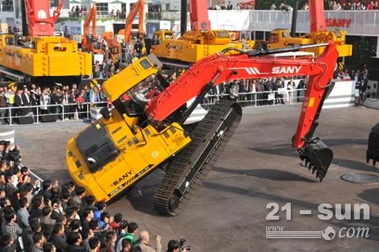 挖掘机街舞-刘仁伟 一个登上央视荣誉殿堂的三一挖机操作手