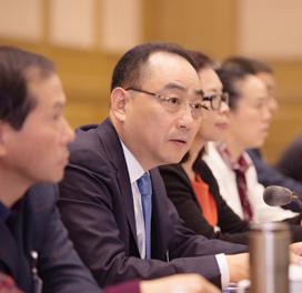 詹纯新:不断改革创新 激发国有资本活力