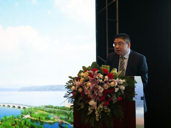 中联重科副总裁、环境产业集团常务副总裁陈培亮发言