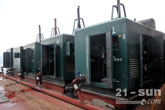 匹配东风康明斯QSZ13发动机的开山空压机组