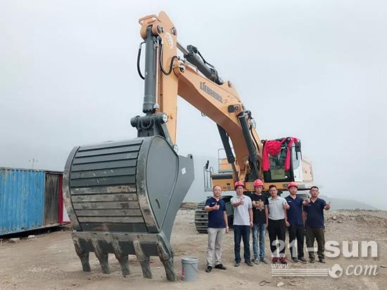 R 966履带式挖掘机