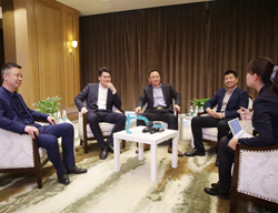 神钢四省代理店代表座谈话未来