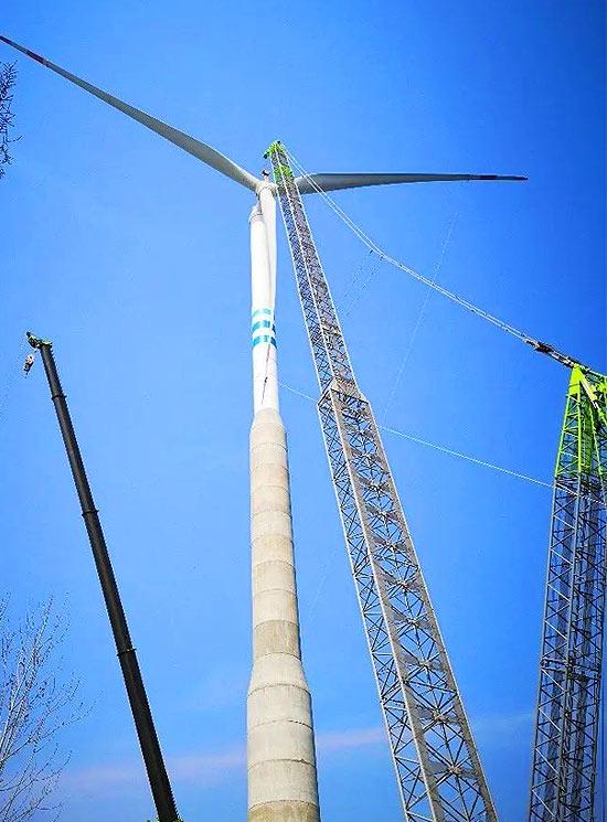 140米钢混塔架风机吊装
