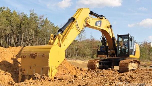 CAT挖掘机施工图片