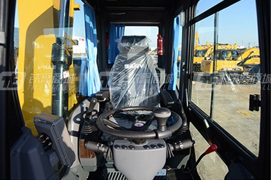 三一SY155W中型挖掘机驾驶室图片