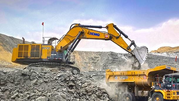 XE1250与XDM80煤矿施工