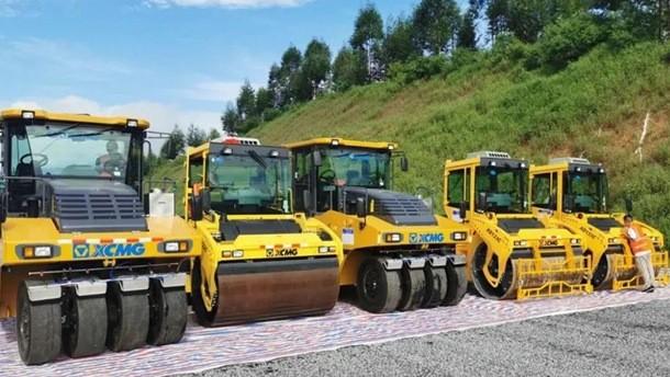 徐工成套沥青设备实力助阵中开高速