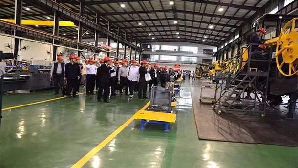 全心提高中国隧道施工新水平 全力打造隧道施工装备新技术