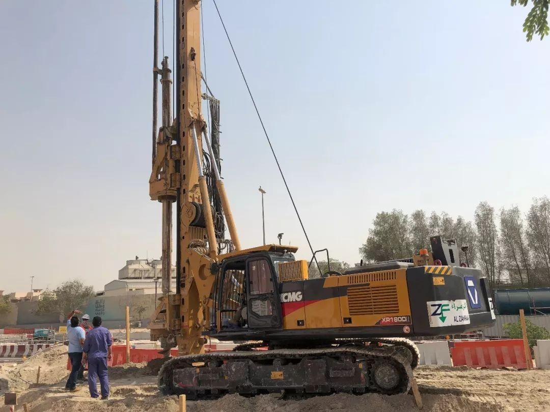 徐工XR180DII旋挖钻机在澳大利亚进行房建桩施工