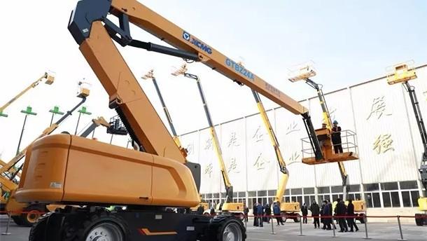 全新研发的新一代曲臂式高空作业平台GTBZ24A