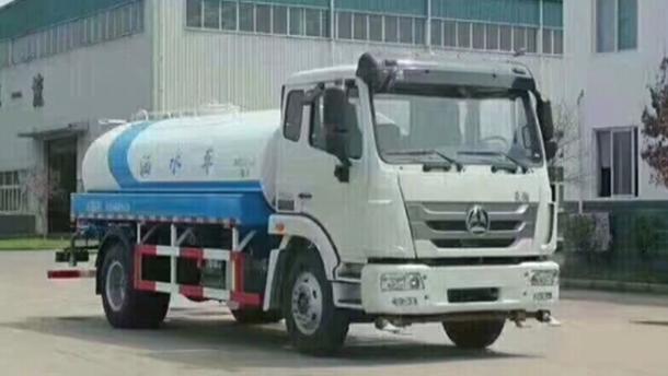 國五重汽豪瀚10噸灑水車