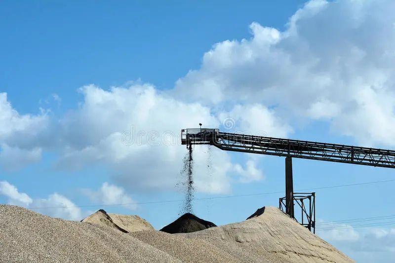 水泥不斷上漲,是否會影響機制砂的價格?破碎機市場呢?