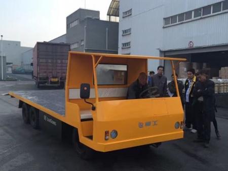 柳工固定平搬运车成功交付上海用户