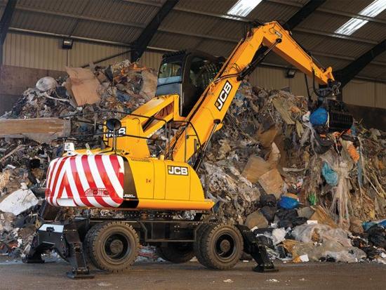 JCB Wastemaster系列:专为废物回收行业设计