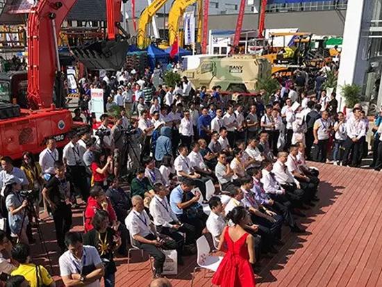 3分钟成功签单,三一北京展电商团购会签单签到手软!