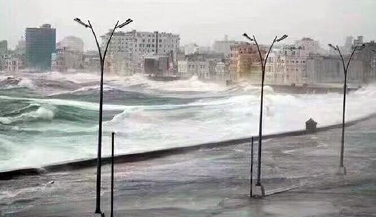 """""""艾尔玛""""飓风无情 山推助力古巴重建家园"""