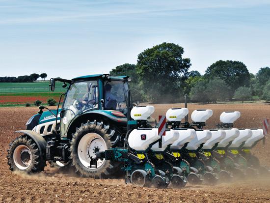 连续三年登陆全球顶级农机展 雷沃重工带来了什么?