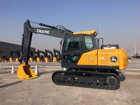 匠心独运 约翰迪尔E130挖掘机瞩目上市