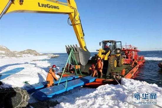 """柳工""""两兄弟""""登陆南极,助建我国第5个南极考察站!"""