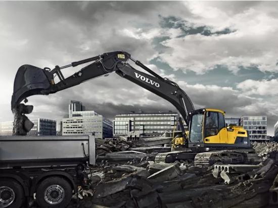 沃尔沃EC220D:性能与效率兼备,燃油效率达新高