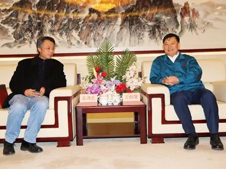 厦工股份公司总裁王功尤一行访问中国重汽