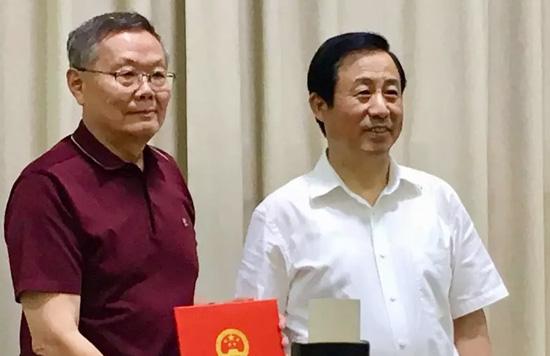 山河智能何清华受聘为湖南省科技创新战略咨询委员会委员