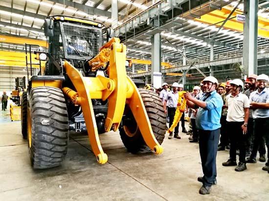 柳工印度公司新一代产品正式切换