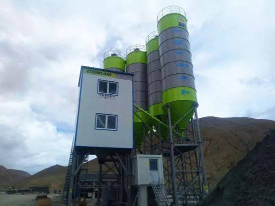 中联重科极光绿搅拌站助建大美西藏