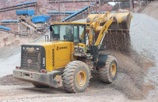 装载机能用12年,挖掘机超1万小时,临工是我们最佳之选!