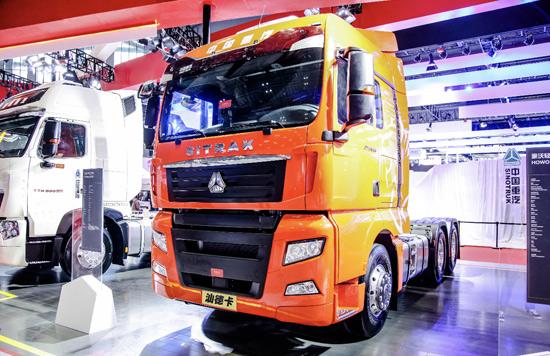 中国重汽汕德卡C7H 6×4 ZF自动挡智能卡车